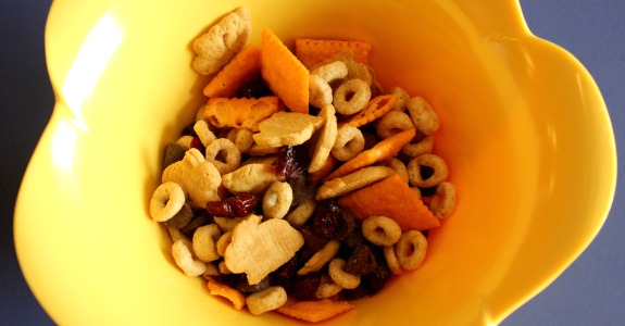Quick & Easy Trail Mix for Kids - Inner Child Giving